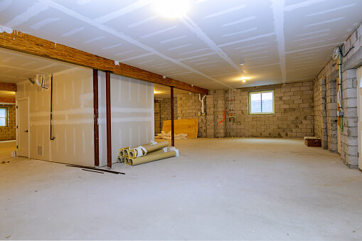 How Much Should I Expect to Spend on a Basement Remodel?